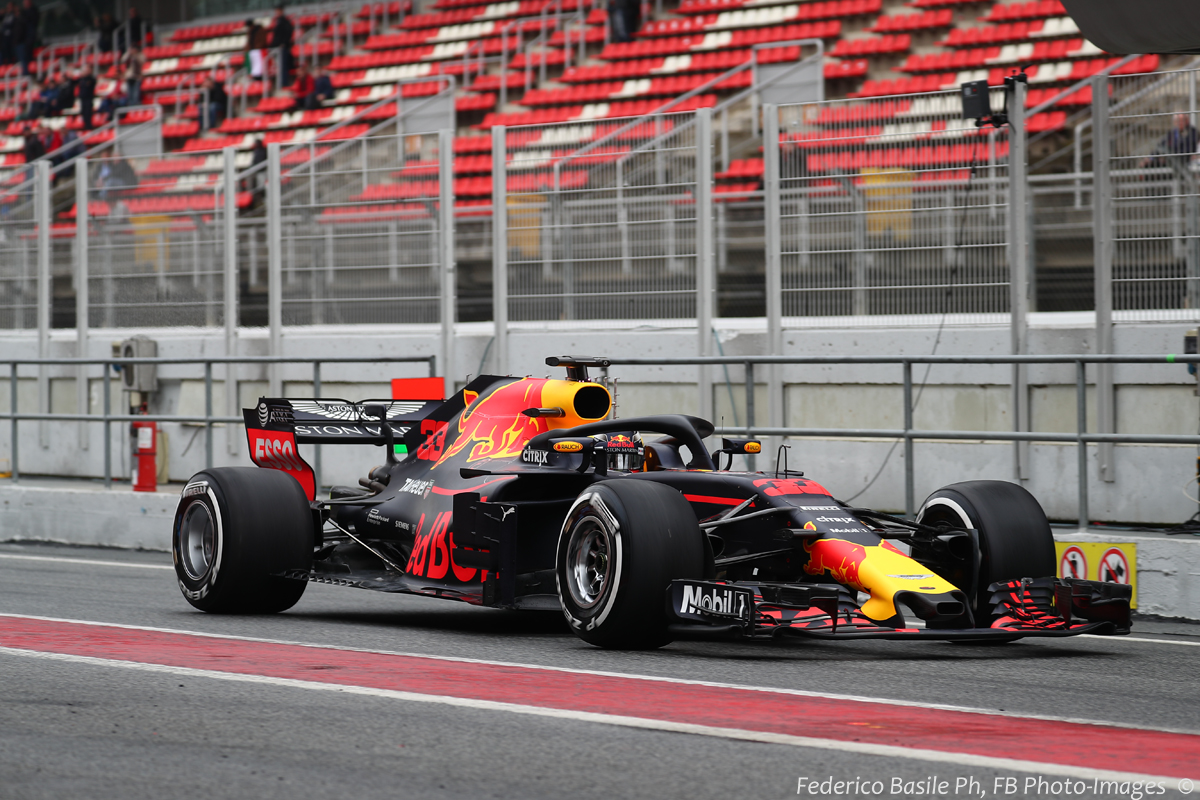 Aston Martin Red Bull Racing TAG Heuer RB14 - Page 21 ...