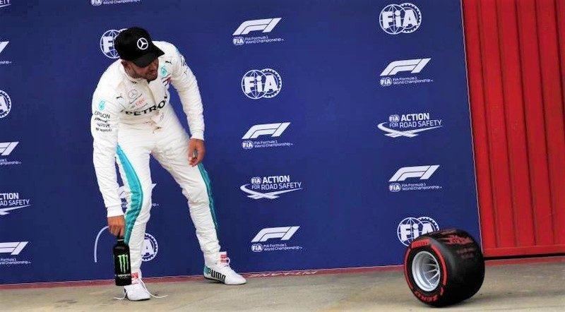 Pirelli Hamilton