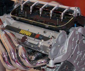 v12 Ferrari motore